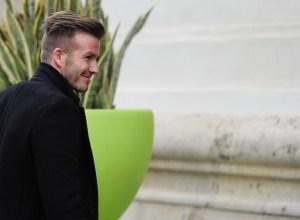 Beckham se une a la expedición del París SG en Valencia (Fotos)
