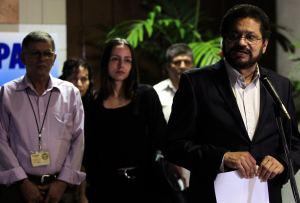 Farc critican a Santos por dificultades del sector cafetero