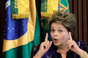 Rousseff asegura que las finanzas brasileñas están bajo control