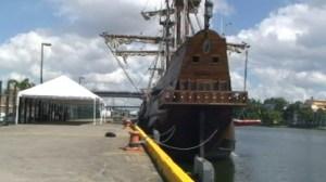 El galeón La Pepa cruza el Atlántico (Video)