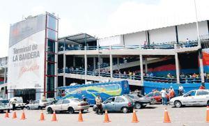 Autorizan desde este lunes abrir todos los terminales terrestres del país