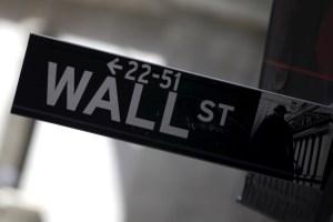 Wall Street cierra en rojo y el Dow baja un 0,36 % lastrado por tecnológicas