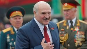 Lukashenko llama a Putin a reforzar seguridad común ante tensiones con EEUU