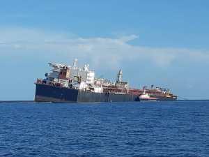 Argus: Pdvsa inició transferencia limitada del crudo en el tanquero Nabarima