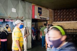 """""""El operativo es solo para que puedan votar"""": Caos y desinformación durante primer día de cedulación en Caracas (Fotos)"""