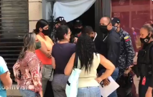 Consejos comunales se alzaron en Fuerte Tiuna por el desalojo arbitrario de locales (Video)