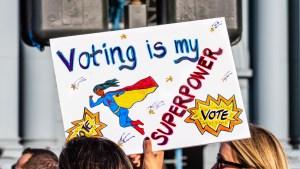 ¿Cómo será el voto de las mujeres hispanas en las presidenciales de EEUU?