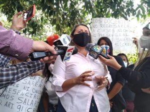 Maestros venezolanos exigen un bono de 100 dólares para afrontar las navidades