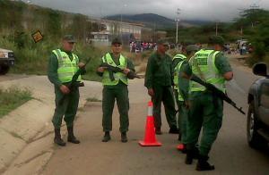 El matraqueo es la mejor cosecha que hacen policías y militares en Venezuela