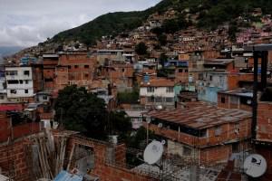 Al menos un muerto tras enfrentamiento entre la PNB y delincuentes en La Vega