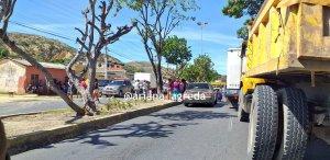 Habitantes de Cumaná protestaron para exigir despacho de gas y alimentos #12Ene (Fotos)
