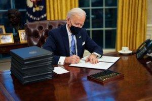 Presidente Joe Biden firmó una orden ejecutiva para fomentar la producción nacional #26Ene (VIDEO)