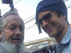 La viuda del padre de Gael García publicó fotos junto al cadáver …y desató indignación