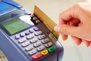 """Venezuela entra """"a la macha"""" a un sistema de pago bimonetario electrónico y en efectivo"""