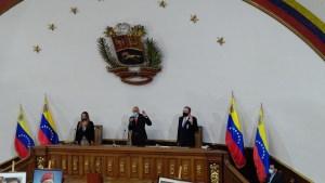 Asamblea fraudulenta gasta saliva en hablar de Colombia mientras calla sobre Apure