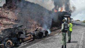 Indígenas sufrieron quemaduras tratando de extraer combustible de una cisterna volcada en Bolívar (FOTO)