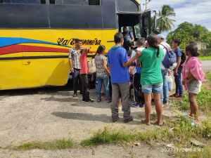 Nuevo grupo de indígenas waraos emprendió viaje hacia Brasil