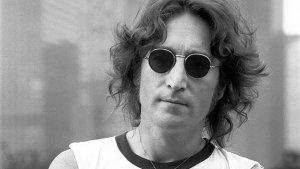 El día que John Lennon dijo que los Beatles eran más populares que Jesús: polémica, amenazas de muerte y hogueras públicas