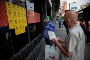 El promedio salarial de 55 dólares por un mes de trabajo en Venezuela (Fotos)
