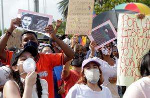 Defensoría del Pueblo contabilizó 42 muertos durante protestas en Colombia