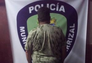Detenido sujeto que se aprovechó de familiares por el cobro de una cremación