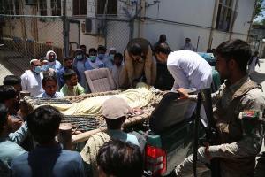 Asesinados cinco vacunadores contra la polio en varios ataques en Afganistán