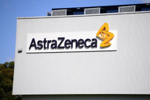 AstraZeneca admite que un tratamiento con anticuerpos no previene el Covid-19