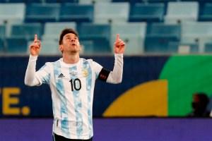 Messi llegó a Barcelona tras sus vacaciones para firmar su nuevo contrato (Videos)
