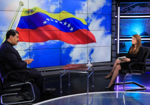 """Maduro volvió a pintarse de """"santa paloma"""" antes de las negociaciones en México"""