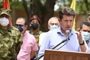 Ejército colombiano enviará 14 mil efectivos cerca de la frontera con Venezuela