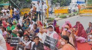 Conmoción en India por asesinato de una niña que fue violada y cremada por sus agresores