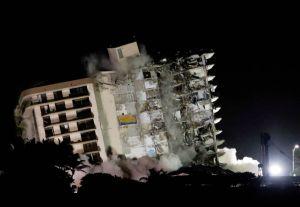 EN VIDEO: Aterrador momento luego de desplomarse el edificio de Surfside