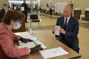 Régimen de Putin limitará presencia de observadores internacionales en próximos comicios